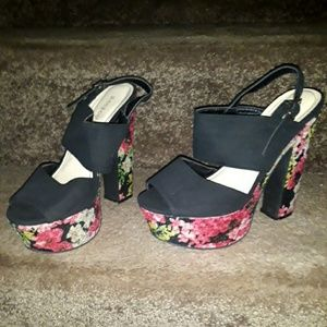 BAMBOO floral stacked sandals